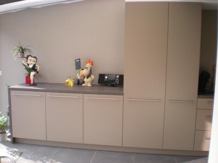 Keuken in laminaat, eigen ontwerp + realisatie