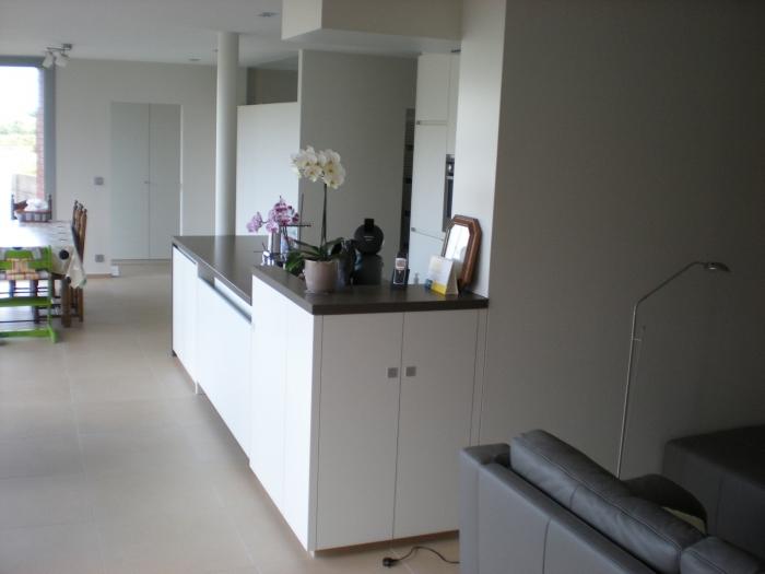 keuken in laminaat , werkblad in natuursteen